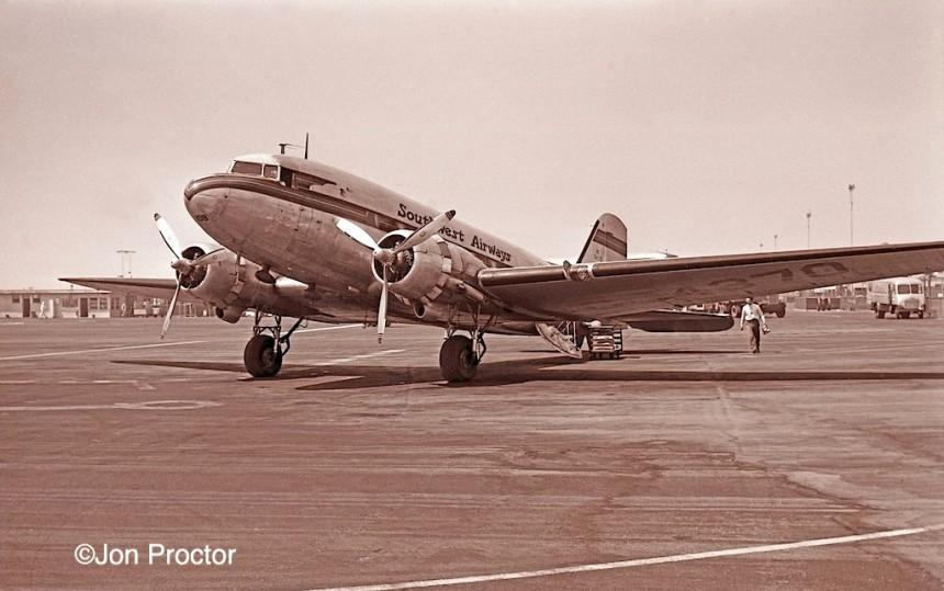 1 DC-3 NC54370 LAX 1949