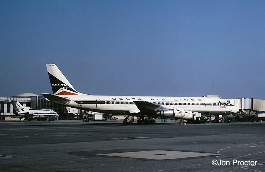 100 DC-8-51 N811E LAX 5:5:65