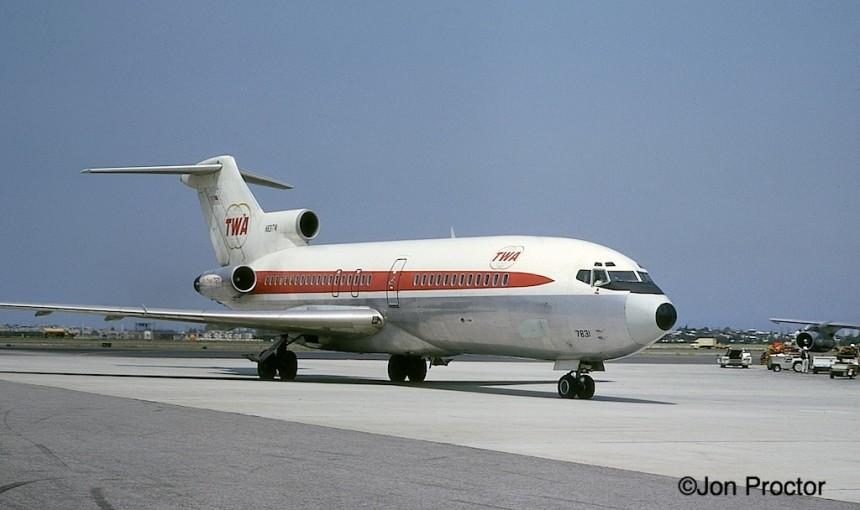 117 727-31- N831TW LAX 05-1967