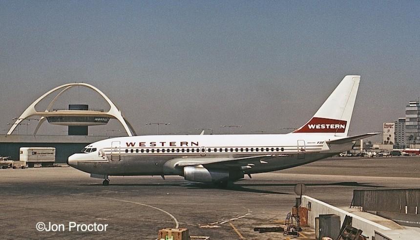 124 737-247 N4501W LAX 8:7:68 Bob Proctor
