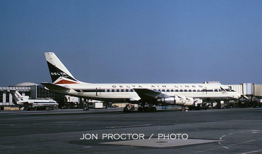 13-DC-8-51 N811E LAX 5:5:65