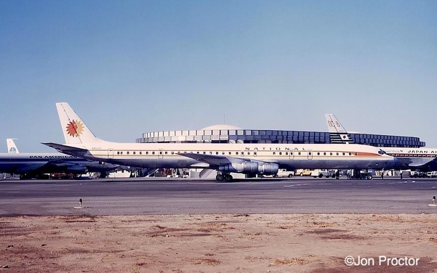 130 DC-8-61 N45090 LAX 8:21:68