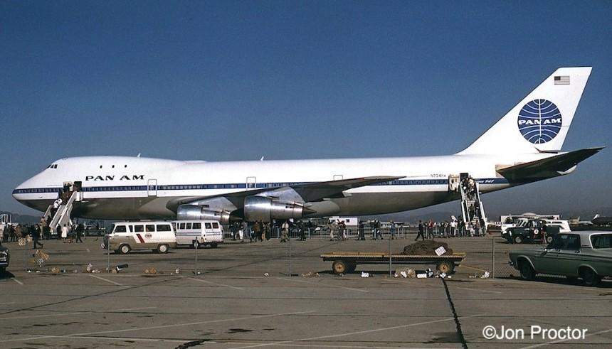 142B 747-121 N734PA LAX 2:70 Bob Proctor