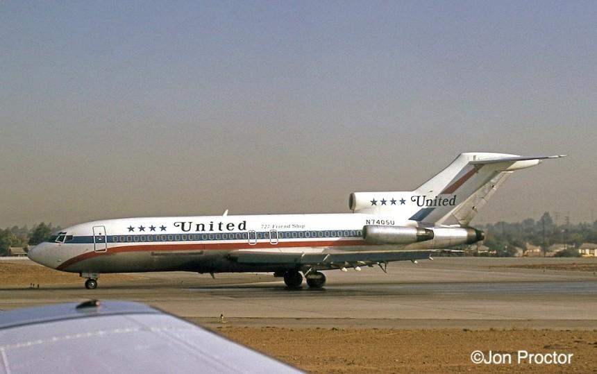 158 727-22C N7405U LAX 9-20-1972-p