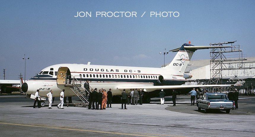 16-DC-9-14 N9DC LAX 5:65