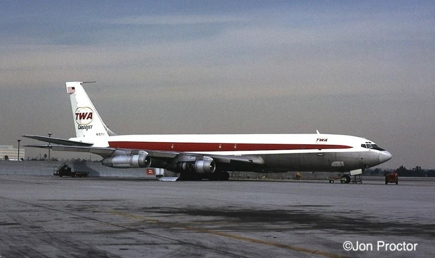 162 707-331C N15711 LAX 1:74