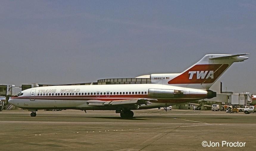 166 727-31C N895TW LAX 06-23-75