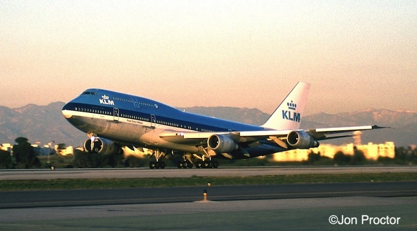 180 747-206B SUD PH-BUP LAX 12:27:97