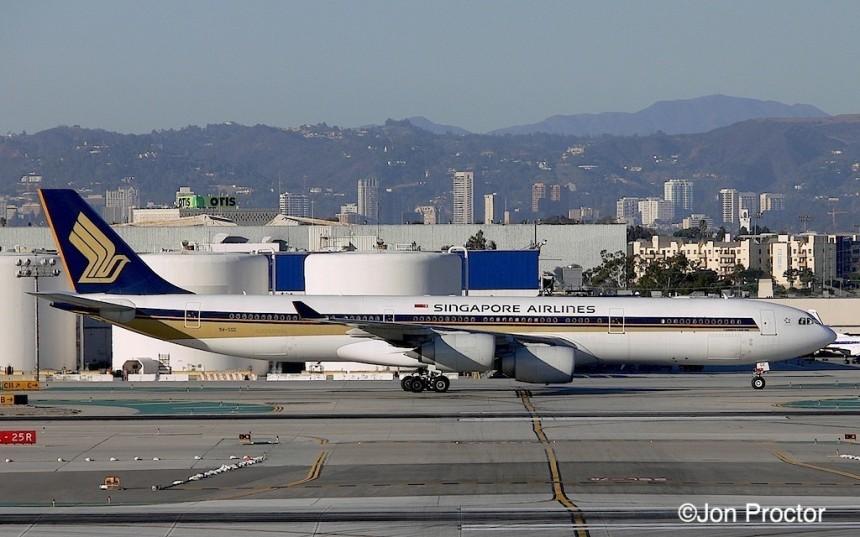 191 A340-541 9V-SGE LAX 1:08