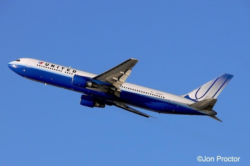 194 767-322ER N659UA LAX 1:08-2