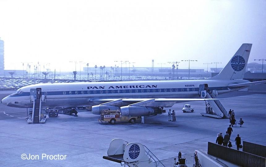 44 DC-8-33 N806PA LAX 9:6:62