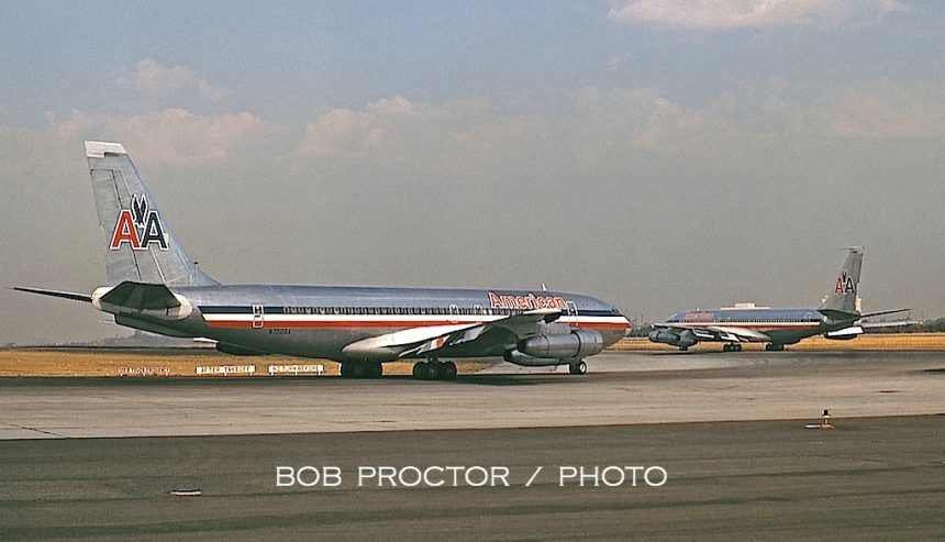 707-123B N7526A 8:71 LAX Bob Proctor