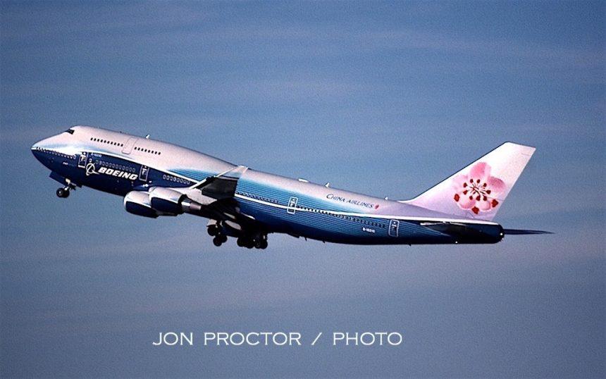 747-409 B-18210 LAX 11:05-H