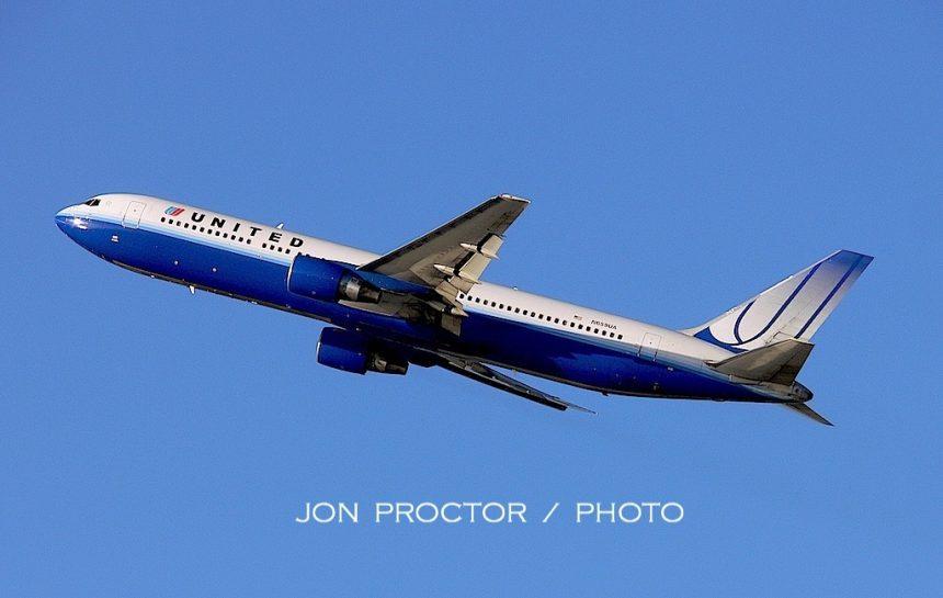 767-322ER N659UA LAX 1:08-2