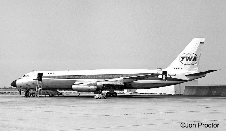 80 CV-880 N815TW LAX 1964