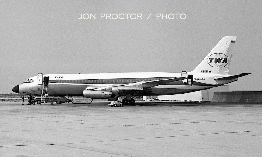 CV-880 N815TW LAX 1964
