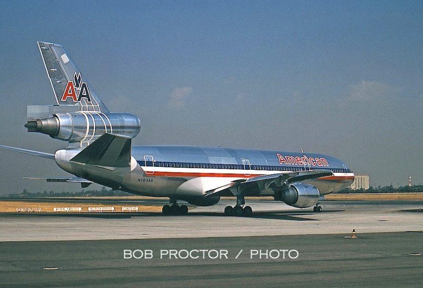 DC-10-10 N103AA LAX 1971-08-17 inaug Bob Proctor