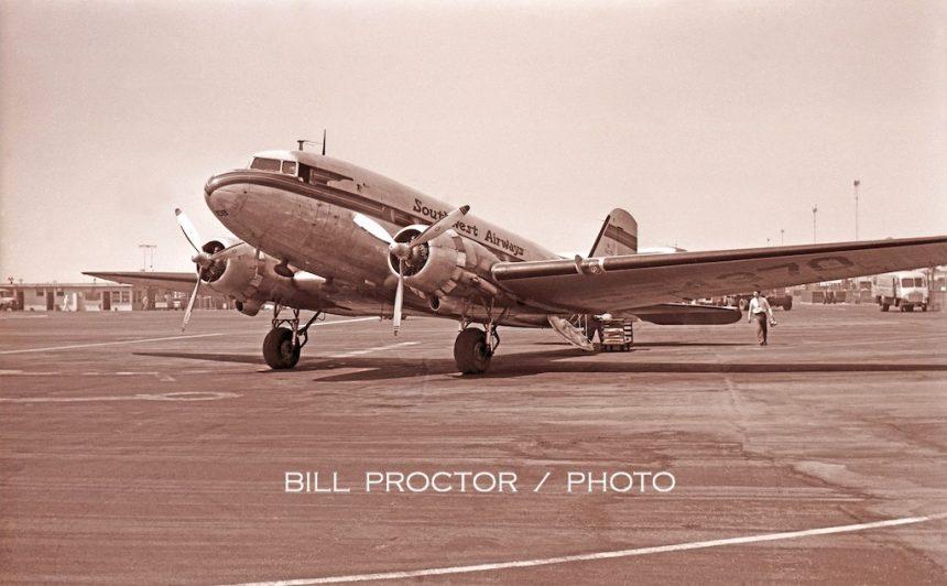 DC-3 NC54370 LAX 1949-7765769
