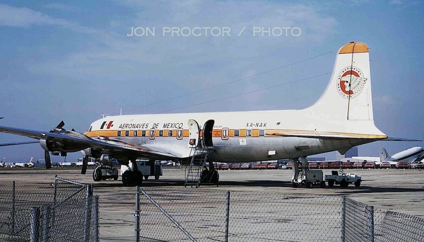DC-6 XA-NAK LAX 5:67