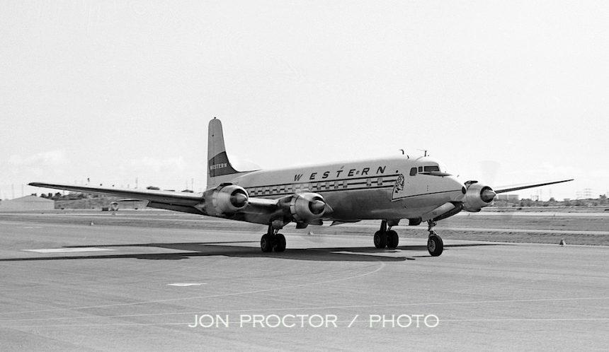 DC-6B N93132 LAX 2:18:64
