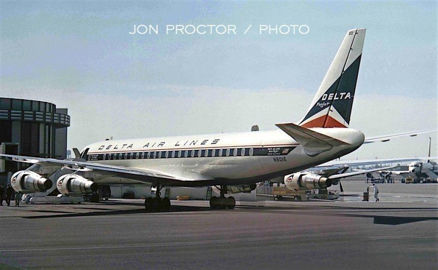 DC-8-51 N801E LAX 2:18:64