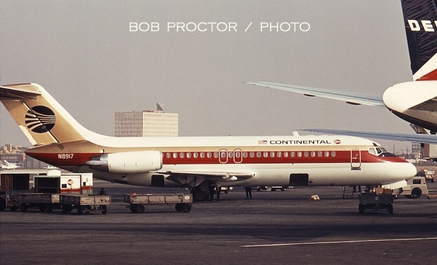 DC-9-15RC N8917 LAX 6:68 BP