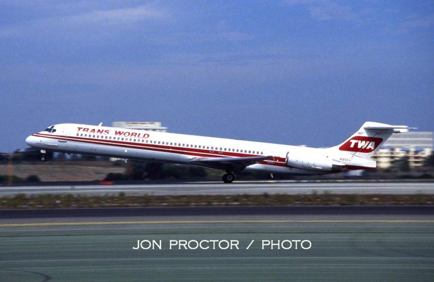 DC-9-82 N955U LAX 9:23:94