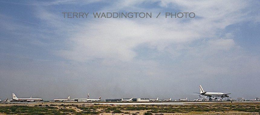 LAX 4:69 Landing east
