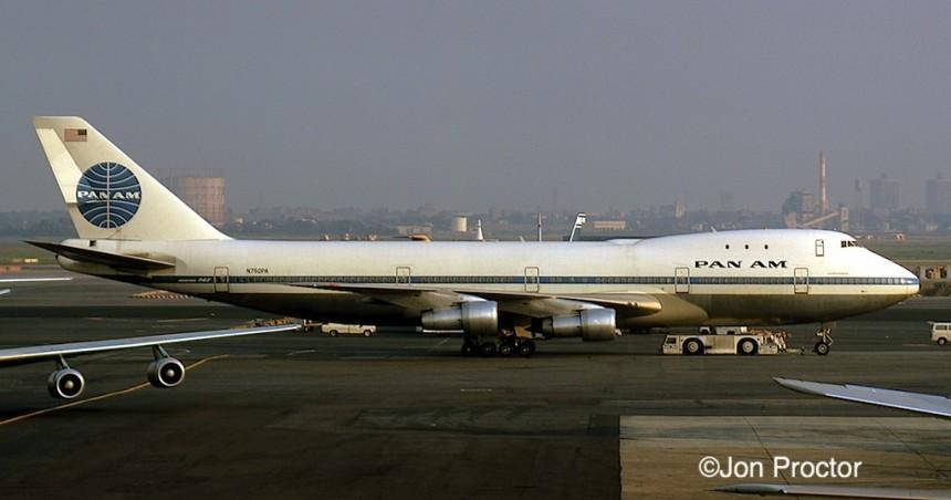 20 747-121 N750PA JFK 8:30:71