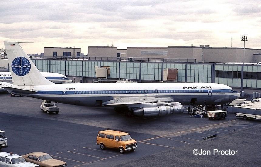 707-321B N881PA JFK 11-22-71