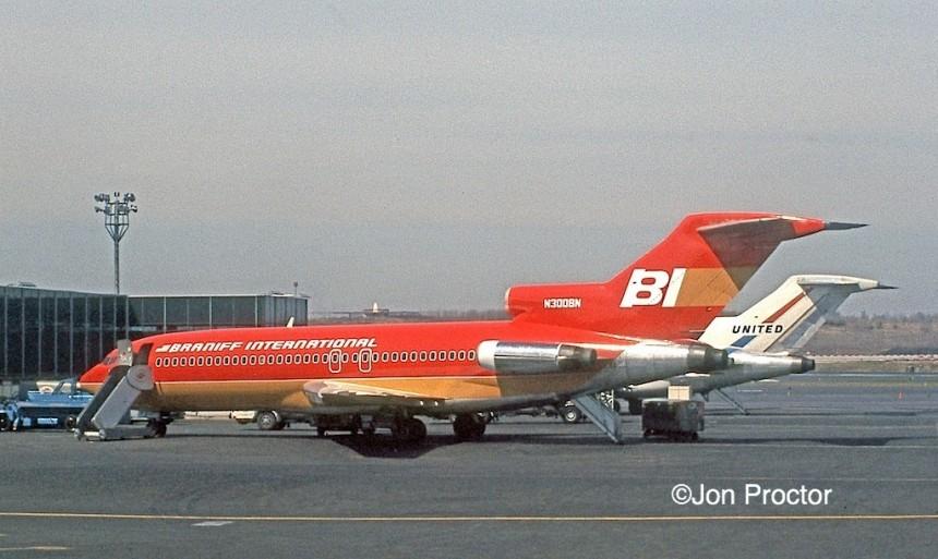 727-191 N300BN LGA 04-1972