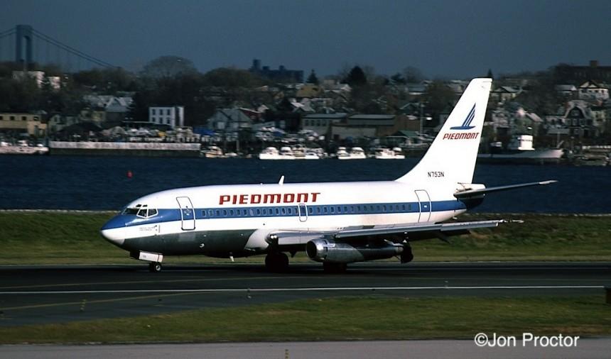 737-201 N753N LGA 12:1:84