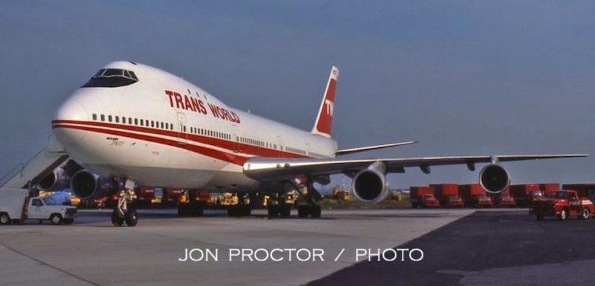 747-131 N53110 JFK 7:16:84
