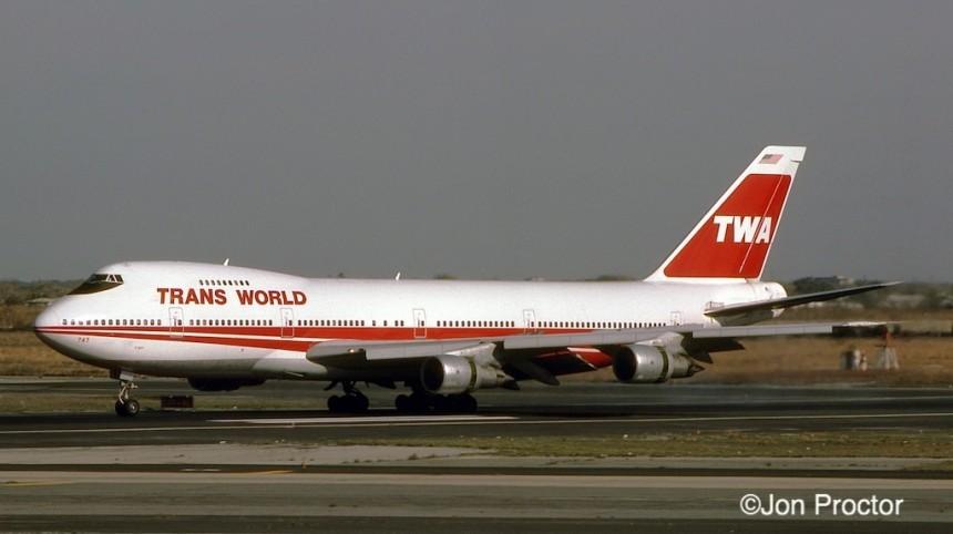 747-282B N301TW JFK 11:16:84-2