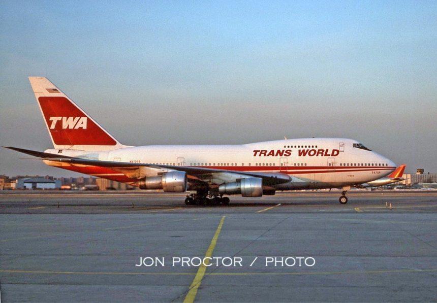 747SP-31 N57203 JFK 2:16:85-lo