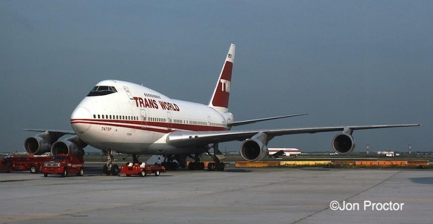 747SP-31 N57203 JFK 7:16:84