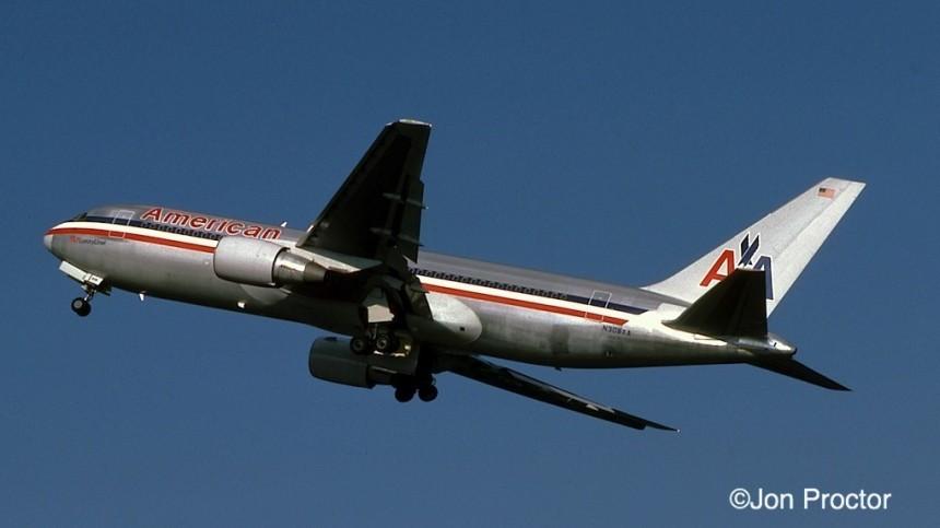 767-223 N308AA LGA 12:84
