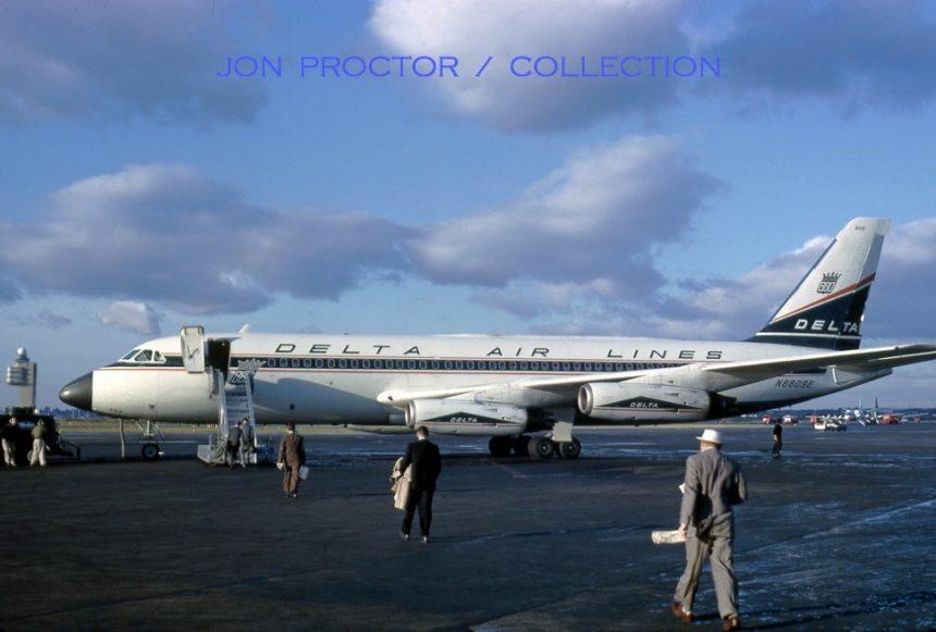 CV-880 N8809E EWR 11:62 David Anderton JP Col