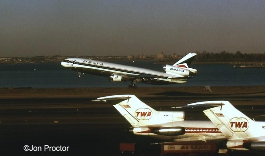 DC-10-10 N603DA LGA 2:13:73