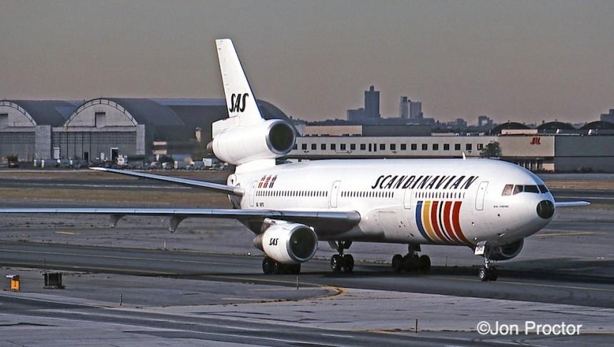 DC-10-30 SE-DFD JFK 10:15:84