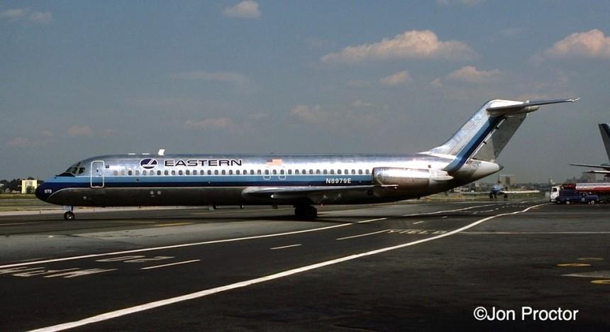 DC-9-31 N8979E LGA 7:84