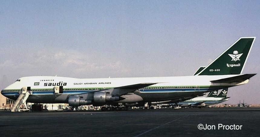 747-2B4B-OD-AGH-RUH-777-lo