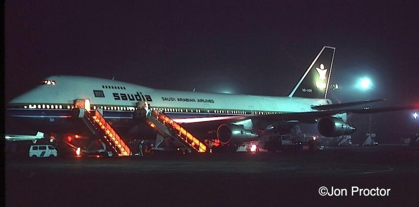 747-2B4B-OD-AGI-CAI-777-nite