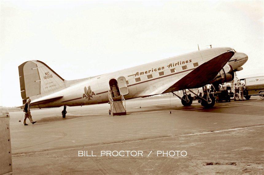 DC-3 NC16016 MDW 1946 Bill Proctor-7076904