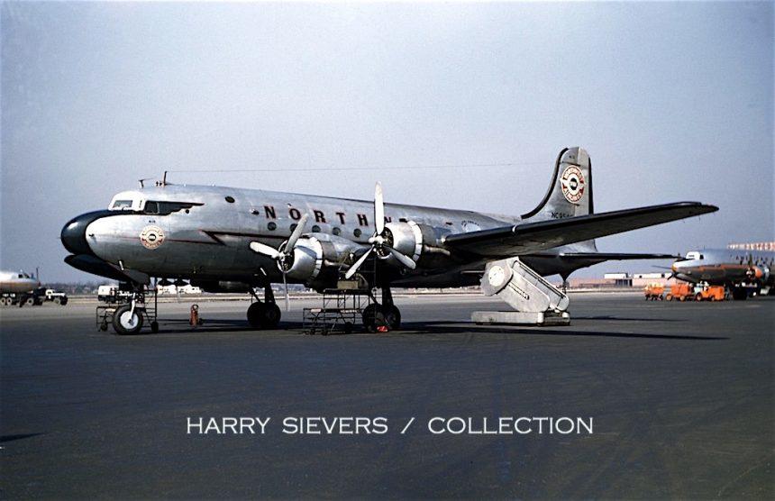 DC-4 NC95415 MDW 5:49 via HS