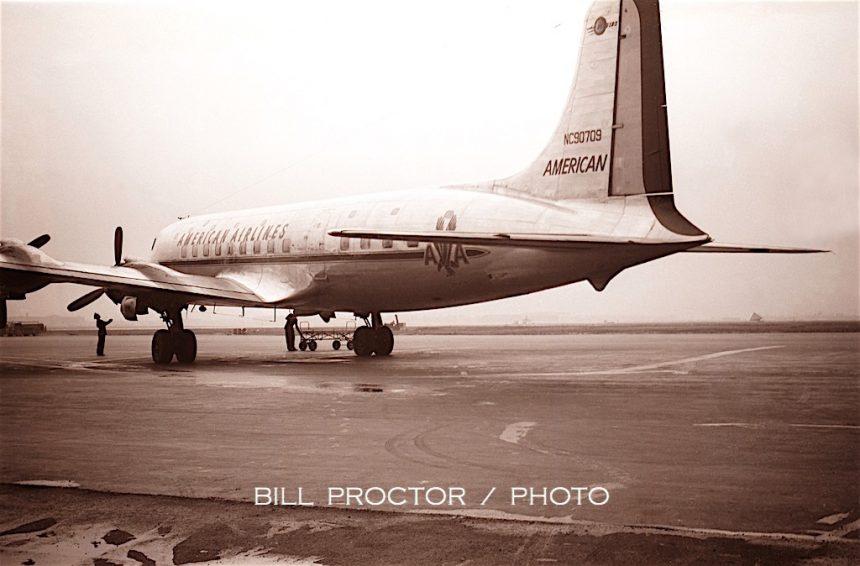 DC-6 N90709 MDW 1947 Bill Proctor-7765772