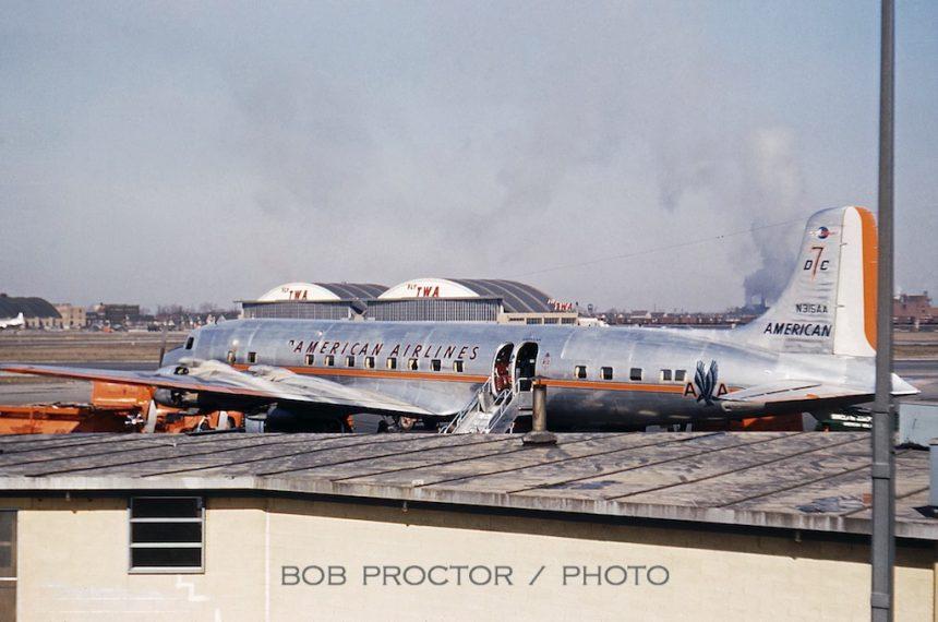 DC-7 N315AA MDW 1954 Bob Proctor-6984853