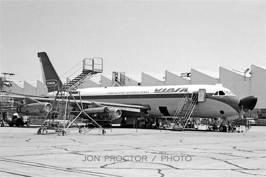 CV-880M YV-C-VIA SAN 1961-7356668