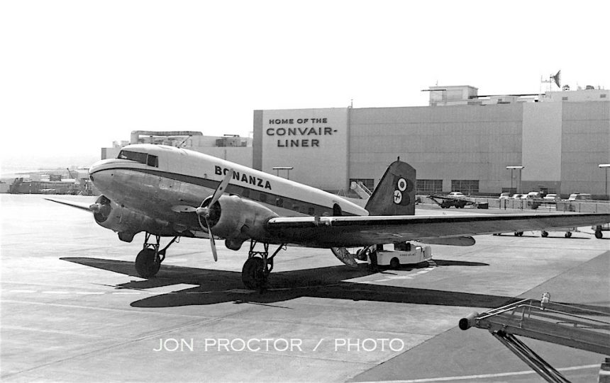 DC-3 N491 SAN 5:16:59-7073273