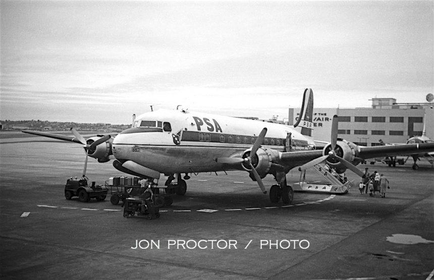 DC-4 N86557 SAN 4:25:59-5957377